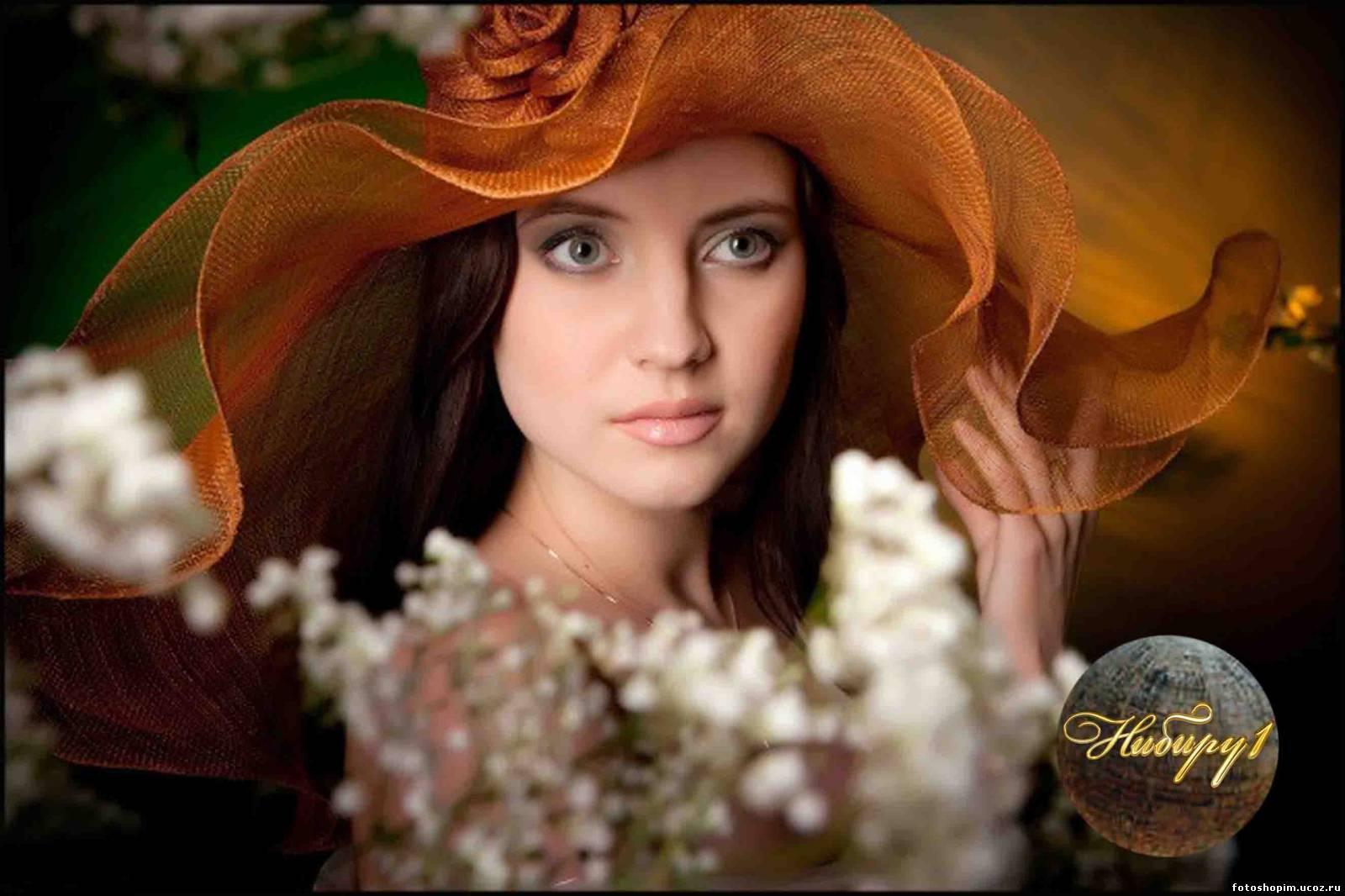 Маковский - девушка в костюме флоры